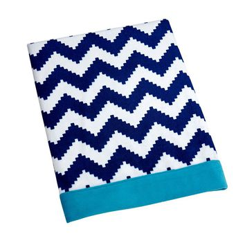 Happy Chic by Jonathan Adler Party Whale Blanket (Blue)