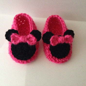 Free Crochet Pattern For Mickey Mouse Shoes : Minnie Mouse Crochet Shoe Pattern Free Joy Studio Design ...