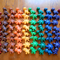 MAX'S WAX Dinosaur Crayons - 55 count party favors