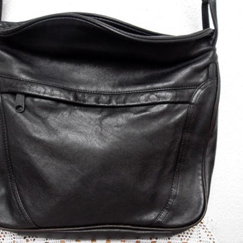 Jet Black Soft Leather 80s Shoulder Bag, Slouchy Hobo, Medium Size Messenger Purse, Genuine Leather Postman Bag, Vintage School Satchel