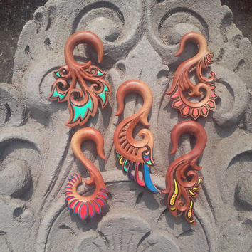 Gauge earrings, colourful wings, 2g earrings, streched earrings, wood earrings, earring with hand painted, organic body jewelry