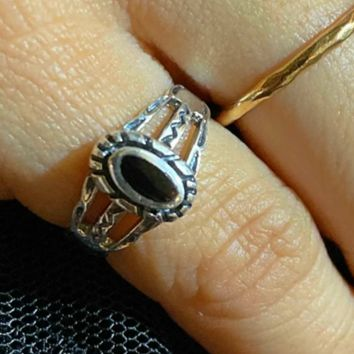 .925 Sterling Silver Black Onyx Oval Cut Ring Ladies Size 4-10 Midi Tribal Cut Out Band
