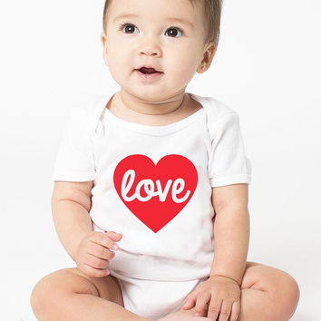 Heart Onesuit, Love Onesuit, Heart Bodysuit, Valentines Day Baby Baby Girl, cute baby clothes, Valentines day Kids Tshirt