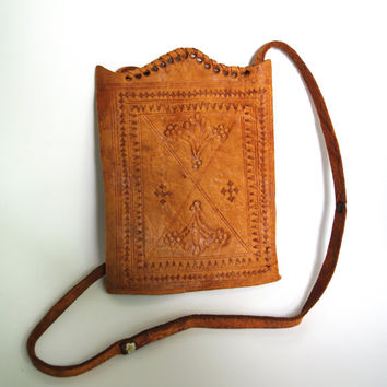 Vintage tooled mini double bag/ Tourist Bag Ethnic natural leather tooled mini Messenger Bag Vintage 1960s natural tan safebag crossbody bag