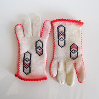 white blue and hot pink knit gloves with chevron pattern 1960's 1970's