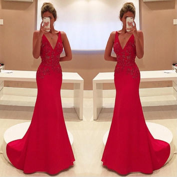 Sparkly Unique Red Two Straps V-Neckline Sleeveless With Appliques Long  Chiffon Prom Dress 2017