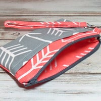 Coral Gray Wristlet, Coral Gray Arrows, Coral Phone Wristlet, Arrow Party Favor, Coral Phone Clutch, Cell Phone Wristlet, Clutch Purse Bag