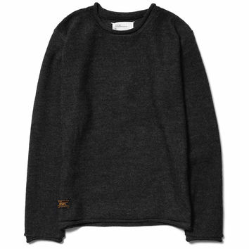 Avant / Sweater. Wool Gray