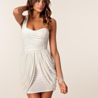 Maya One Shoulder Dress - Te Amo - Creme - Festkl?nningar - Kl?der - NELLY.COM Mode online p? n?tet