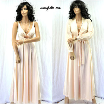 Vintage nightgown peignoir set 1960s Olga nightgown robe size S 60s light pink negligee and robe wedding honeymoon lingerie SunnyBohoVintage