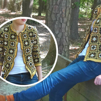 "Yellow Cardigan Vintage Sweater 1960s Small Size Bust 35.5"" Abstract Floral Women's Knit Catalina Jacquard Pop Art Style Ladies Winter Fall"