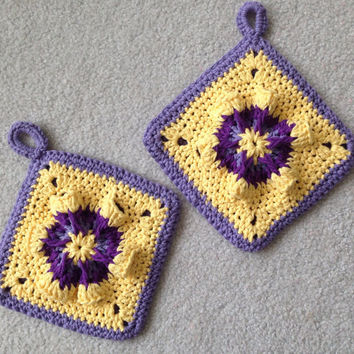 Vintage Style Potholder //  2 Pansy Potholders, Crocheted from Cotton Yarn- Super Thick // Gift for Her