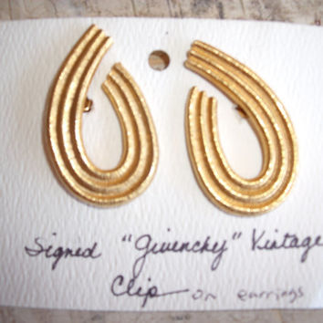 Vintage 1970s Givenchy Loop Gold Tone Clip On Earrings Jewelry