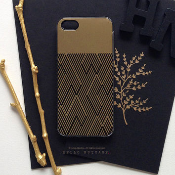 iPhone 6 Case Gold, iPhone 5 Gold Metallic Case, iPhone 5s Black Chevron Case, iPhone 4s Case, Geometric iPhone Case, TOUGH iPhone Cover M6