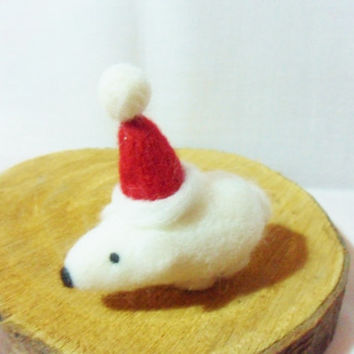 Needle Felted Christmas Polar Bear - Christmas Ornament - 100% merino wool - needle felted polar bear - wool felt polar bear