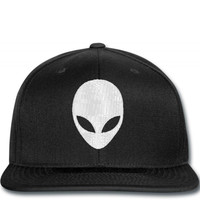 alien head embroidery 2 Snapback
