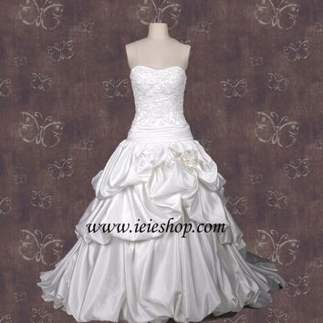 Ball Gown Wedding Dress with French Bustles H2002 | Strapless Wedding Dress | Lace Wedding Dress