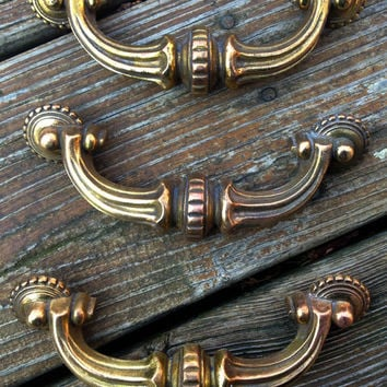 Vintage Antiqued Solid Brass Victorian Style Stationary Pulls Gold with Dark Patina Hardware for Dressers Furniture Salvaged Hardware
