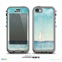 The Faded WaterColor Sail Boat Skin for the iPhone 5c nüüd LifeProof Case