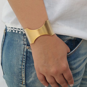 Gold cuff bracelet, Statement bracelet, Gold bracelet, Wide cuff bracelet, Gold bangle bracelet, Statement jewelry, Bridal bracelet