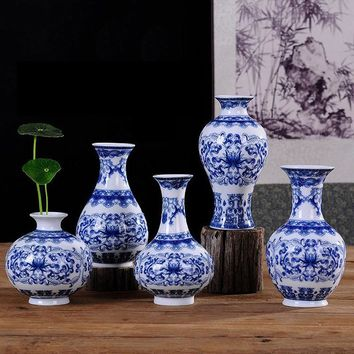 Vintage Chinese Wind Home Decoration Ceramic Vase Blue and White Porcelain Flower Receptacle