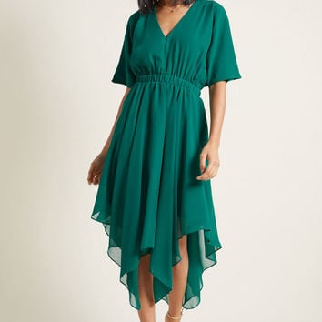 Talented Gallery Director Midi Dress in Jade