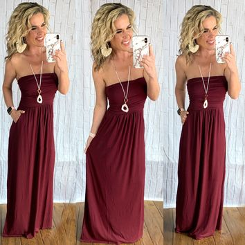 Your so Classic Pocket Maxi Dress: Burgundy