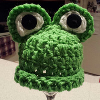 Crochet Frog Photo Prop Hat for Baby