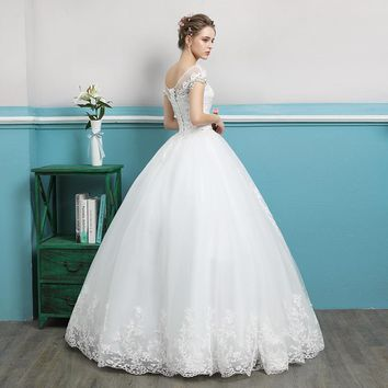 Ball Gown Boat Neck Cap Sleeve White Wedding Dress Crystal Flower Pattern Bride Lace Up
