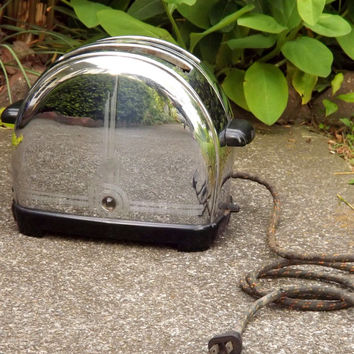 Sunbeam Toaster, Vintage Industrial Chrome Electric Appliance, Art Deco Atomic Era Home Decor
