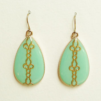 Turquoise Green Teardrop Earrings with Gold Leaf, Green Large Teardrop Earrings, Mint Green Teardrop, Hypoallergenic, Resin Jewerly