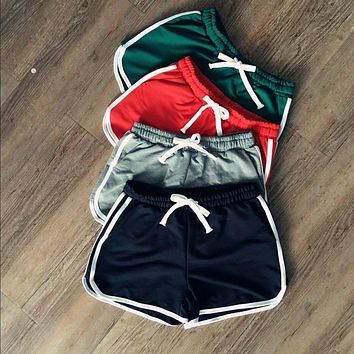 Women Fashion Shorts Contrast Binding Drawstring Waistband Side Split Elastic Waist Casual Shorts