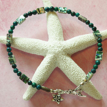 Green Rivershell, Sapphire Jasper/ Beaded Anklet / Dainty Flower Charm/  Handmade Anklet / Summer Jewelry/ Beach Accessory/ Fashion Jewelry