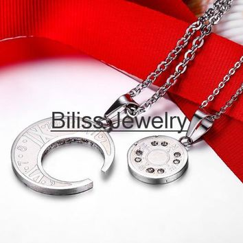 SHIPS FROM USA Stainless Steel Round Matching Necklace For Couples Roman Numerals with Compass Design Necklaces Valentine's Gift A pair