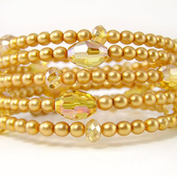 Pearl Memory Wire Bracelet, Gold Pearls, Yellow Crystal, Beaded Bracelet, Adjustable Bracelet, Summer Jewelry, Plus Size Jewelry, Citrus