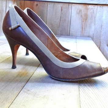 1950s De Liso Debs Brown Pumps Heels Open Toe 8 1/2 AAAA Vintage Stiletto Women's Leather Shoes