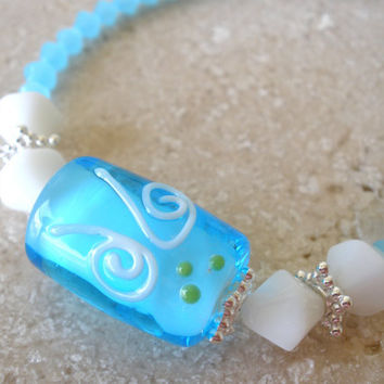 Baby blue and white lampwork glass beaded womens bracelet, size 8, beach wear, summer fashion