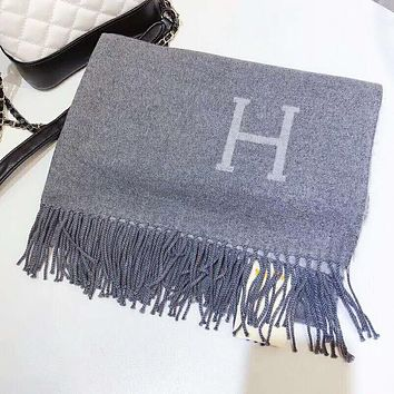 Hermes Autumn And Winter New Fashion H Letter Print Women Tassel Warm Scarf Gray