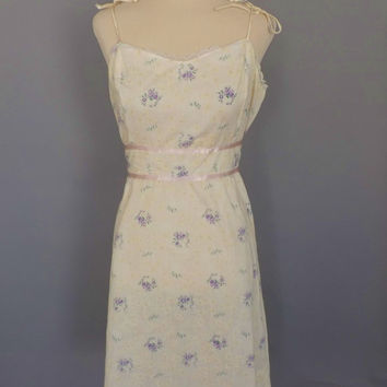 Vintage 1970s Pale Yellow Rose Floral Cotton Lace Country Summer Sun Dress Small Boho Hippie Prairie Folk Tea Dress 50s Style Rockabilly
