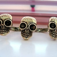 Adjustable Skull Double Finger Ring by beboldsunshine on Etsy