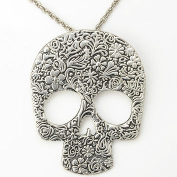 Silver Skull Style Alloy Pendant Necklace