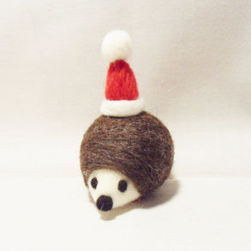 Needle Felted Christmas Hedgehog - Christmas Ornament - merino & shetland  wool - needle felt hedgehog