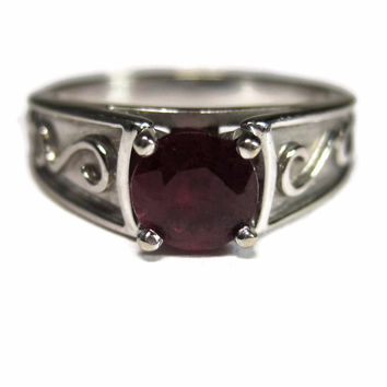 Vintage 14K Ruby Solitaire Engagement Ring Size 7