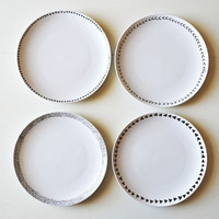 patterned dinner plates /// set of 4