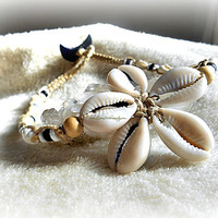 Cowrie Shell Choker Macrame Necklace, Bohemian Jewelry, Beach Wear, Hippie Choker, Surf Choker,