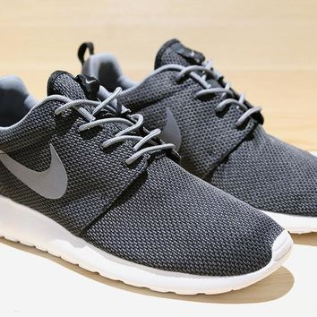 detailed look 691cf 0548d Nike Roshe Run - BlackCool Grey-White 511881-011 at Primitive Shoes