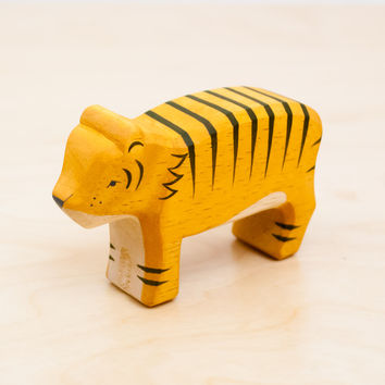 T-Lab HAKOBUNE Handcarved Wood Tiger