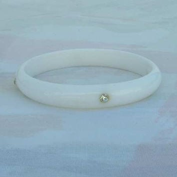 White Lucite Bangle Bracelet with Rhinestones Oval Shaped