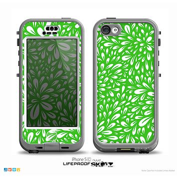 The Lime Green & White Floral Sprout Skin for the iPhone 5c nüüd LifeProof Case