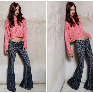 bell bottoms in blue,bell jeans,flared hem,vintage style,printed,made from denim,fashion,chic,unique,for summer,spring,autumn.--E0251